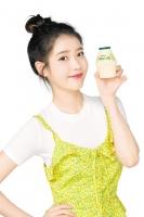 빙그레 바나나맛우유, 아이유와 '지구를 지켜바나나' 캠페인 실시