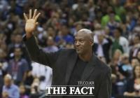 '농구 황제' 마이클 조던, 인종차별 철폐 위해 1억 달러 기부