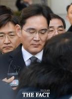 이재용 부회장 소명만 수년째…삼성, 檢 '흘리기'에 우려 넘어 탄식