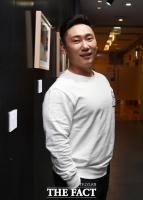 [단독] 개그맨 이승윤, 라이머 손잡고 가수 데뷔