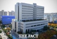 '절친' 경찰관 살해 30대 승무원에 징역 18년