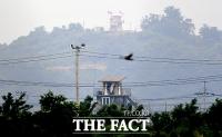 [TF포토] 긴장감 속 마주보고 선 남북한 초소
