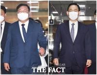 [TF사진관] 김태년-주호영, '21대 국회 원 구성을 위한 마지막 협상 시도'