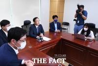 [TF포토] 전당대회 불출마 선언하는 홍영표 의원