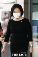 [TF사진관] 안희정 지사 모친 빈소 조문 마친 박영선 장관