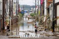 [TF사진관] '역대급' 일본 홍수, 규슈 덮은 기록적 폭우…'처참한 광경'