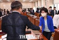 공수처장 후보추천위 위원 선정 끝낸 민주당
