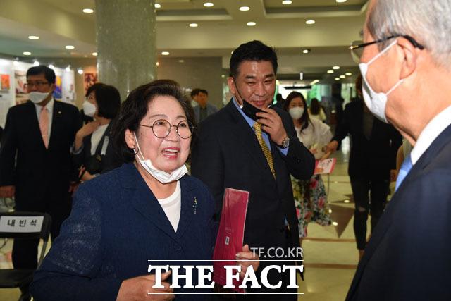 또 찾아뵙겠습니다~ 김종인 위원장 예방 예약한 김 전 의원