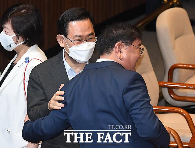 김 원내대표 오늘 연설 잘 하세요!