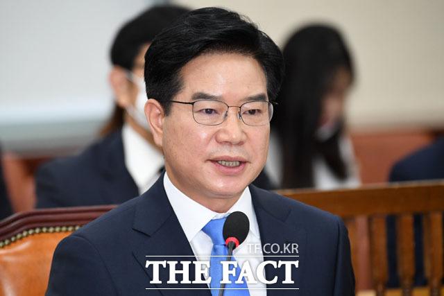 고 박원순 시장 사건과 관련해 쏟아지는 질의들...