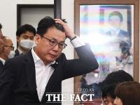 [TF포토] 최고위원회의 참석하는 진성준 의원