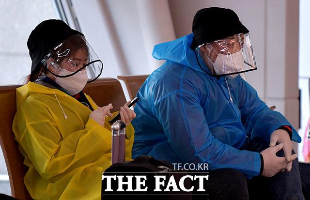 미국 워싱턴DC가 신종 코로나바이러스 감염증(코로나19) 재확산을 막기 위해 마스크 착용을 의무화한다. 사진은 인천국제공항에 도착한 입국자의 모습. /이덕인 기자