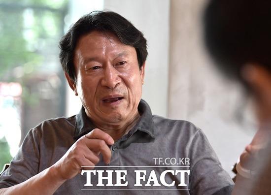 배우 김응수를 지지하는 주된 팬층은 2030의 젊은세대다. 그는 영화 타짜의 곽철용 신드롬에 이어 최근 종영한드라마에서 꼰대 이만식으로 다시한번 저력을 확인시켰다. /이덕인 기자
