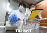[장병문의 퀘스천마크] '총성 없는 전쟁' 코로나19  백신 개발, 격차를 줄이자