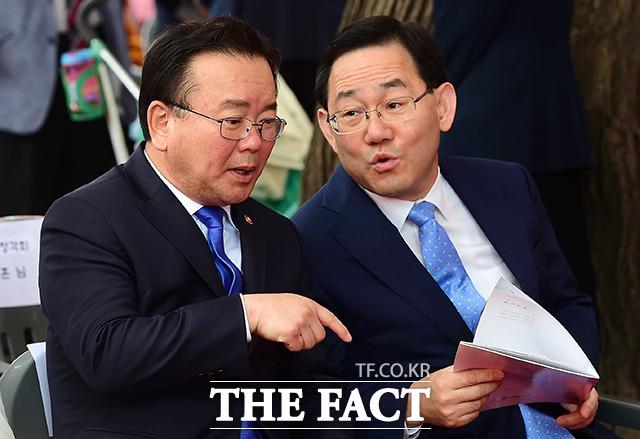 김부겸 전 더불어민주당 의원이 30일 주호영 미래통합당 원내대표를 비판했다. /남용희 기자