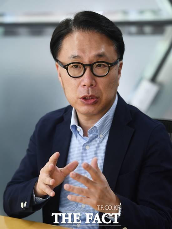 박 교수는 현 한반도 정세에 대해 비핵화 문제의 진전이 있어야 남북관계가 진정으로 진전될 수 있다면서 현재까지 북한 비핵화의 별다른 진전이 없는 상황이라고 평가했다. 질의에 답하는 박 교수. /이동률 기자