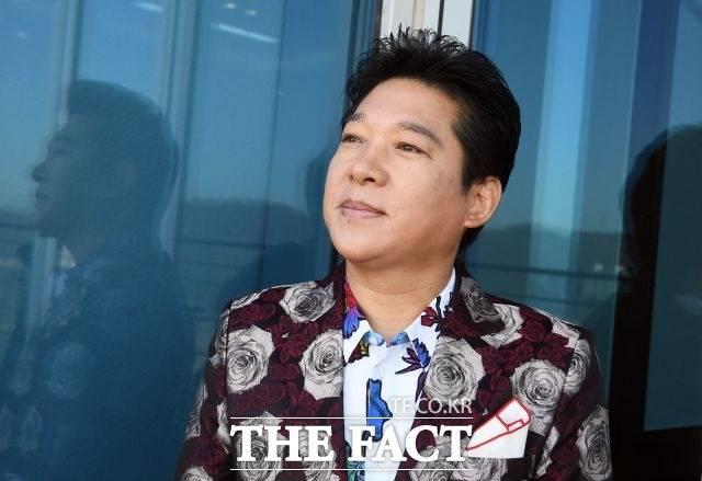 가수 박상철이 사생활 논란에 휩싸이면서 방송 활동을 중단하는 분위기다. /이동률 기자