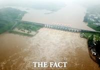 [TF사진관] 역대 최고 수위 기록…'수문 연 군남댐'