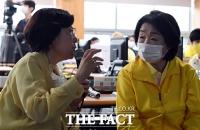 [TF포토] 안성 지역 피해상황 보고 받는 심상정