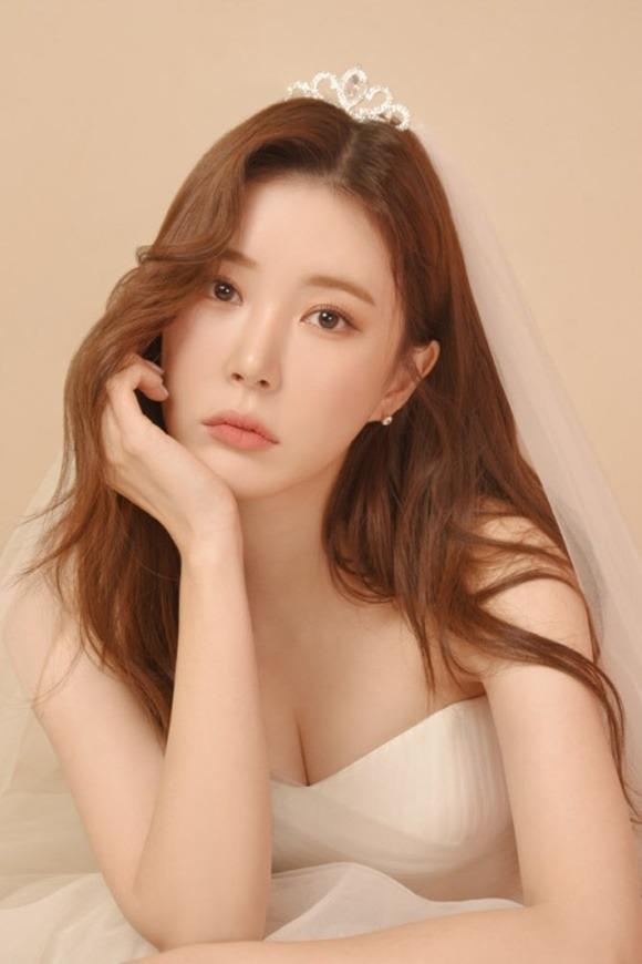 장혜리가 지난 6일 트로트 데뷔곡 서방님(우렁각시)를 발표했다. /빅대디엔터 제공