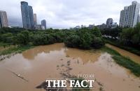 [오늘의 날씨] 태풍 소멸·장마전선 남하…장대비와 찜통더위