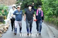 '탄핵' 3년 만에 지지율 역전…통합 36.5% vs 민주 33.4%