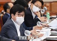 [TF포토] 의사진행발언하는 유경준 의원