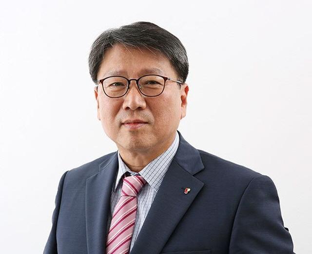 정홍근 티웨이항공 대표(사진)가 창립 10주년을 맞아 위기를 기회고 만들자는 각오를 다졌다. /티웨이항공 제공