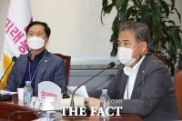 [TF포토] 최고위원회의에서 발언하는 박진 의원