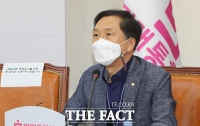 [TF포토] 최고위원회의에서 발언하는 김기현 의원