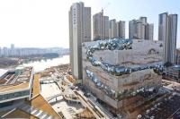 '갤러리아 광교' 오픈 반년…백화점 사업 경쟁력은 '글쎄'