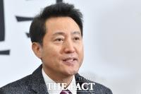 오세훈, '윤영찬 포털통제 논란'에 文 비난…