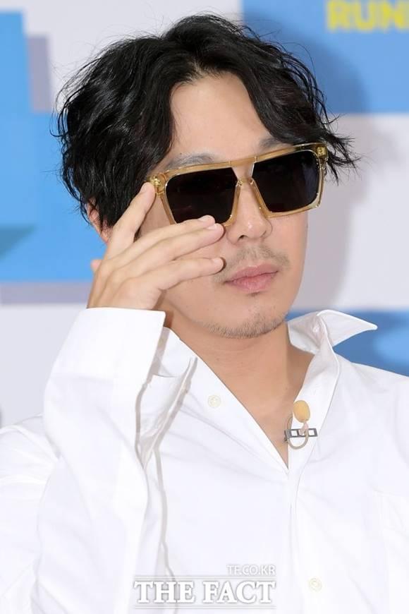 하하가 런닝맨 멤버 김종국, 지석진, 양세찬과 함께 11일 온라인 팬미팅을 개최한다. /이선화 기자