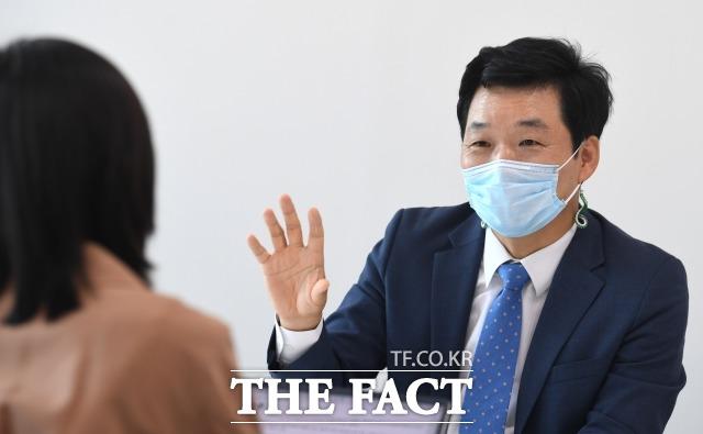 김 전 의원은 국회의 디지털 혁신은 의원의 의정활동 질을 높이고 민간 기업의 디지털 기술 수요처가 된다는 점에서도 필요하다고 강조했다.