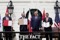 [TF사진관] 이스라엘-UAE-바레인, 백악관에서 '평화협정 서명'
