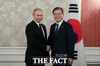 文대통령 초청받은 푸틴