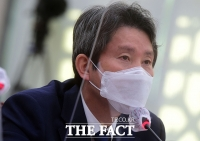 [TF사진관] 이인영, '조성길 입국 의도적 공개 아니다'
