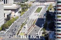 [TF포토] 경찰 차벽으로 통제된 광화문 광장
