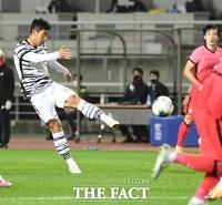 [TF포토] 이주영, '득점 성공시키는 강력한 슛'