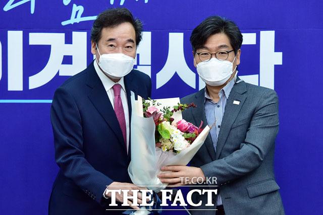 박해철 전국노동위원장(오른쪽).