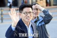 [TF포토] 드라이브 스루 집회 참석한 김문수 전 경기도지사