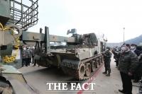 [TF사진관] 연평도 포격중대 시찰하는 국회 국방위