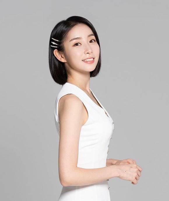 그룹 스텔라 출신 가영이 과거 그룹 활동 당시 상황을 고백하며 대중의 이목을 끌었다. /가영 SNS