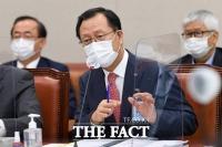 '3년차' 한전 김종갑, 적자 경영에 일감 몰아주기까지…'끝없는 논란'