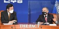 [TF사진관] 해리 해리스 주한 미 대사 만난 이낙연 대표