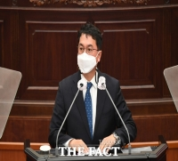 경남도의회 무소속 의원, '의장 불신임안' 파행에 일침