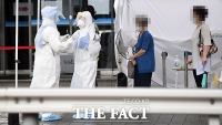 아스트라제네카 코로나19 백신 임상 참가자 사망…