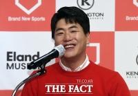 [TF포토] 환한 미소 보이는 김광현