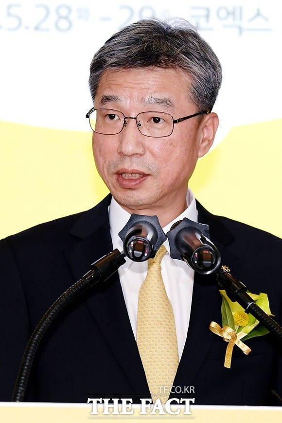 KB금융지주는 지난 20일 계열사대표이사후보추천위원회를 개최하고 차기 KB국민은행장 후보로 허인 은행장을 선정했다고 밝혔다. /더팩트 DB