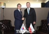 폴란드 대통령도 코로나 확진…국가 정상 중 4번째